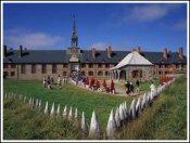 LouisbourgSmall